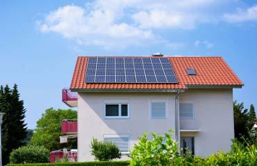 Stockage lectricit solutions pour les particuliers engie - Maison a energie renouvelable ...